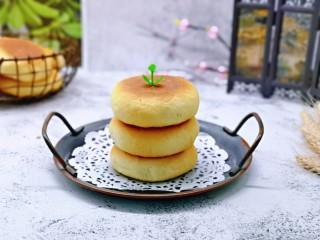 蜜豆喜饼~香甜松软,香味扑鼻而来的蜜豆喜饼出炉啦!