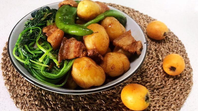 五花肉焖小土豆