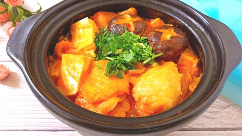 辣白菜鱼片豆腐煲,成品图