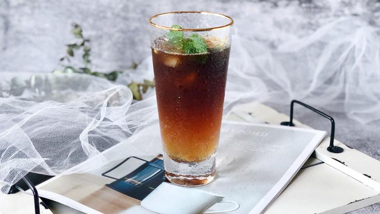 冰爽一夏——柠檬咖啡气泡水