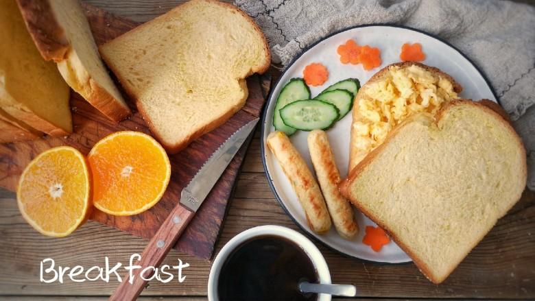 香煎鸡茸玉米肠,无论是搭配早餐还是空口吃味道都是超赞的!