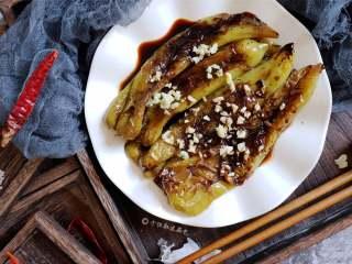 虎皮青椒,气味清香,口感鲜辣,绵而不烂。