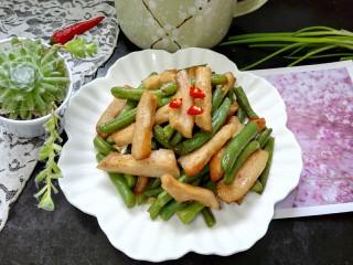 猪颈肉炒四季豆