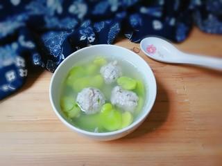 蚕豆仁汆汤丸子