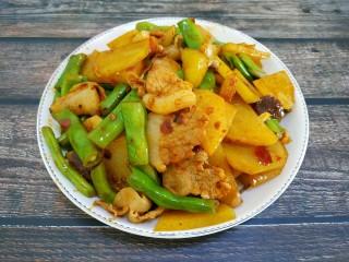 土豆豆角炒五花肉