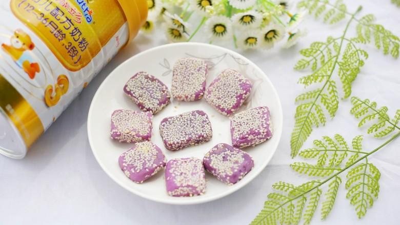 香甜软糯的奶香紫薯芝麻方饼,宝宝一定喜欢。