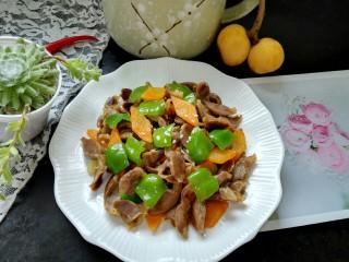 青椒胡萝卜炒鸡胗