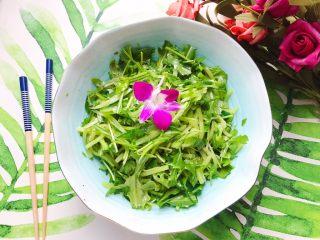 莴笋黄瓜芝麻菜