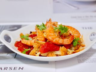 菜花番茄海虾小炒