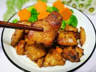 蜜汁香煎鸡胸肉,大口吃肉。