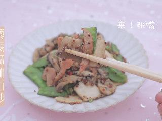 一周7天不重样的藜麦吃法「厨娘物语」,藜麦森林小炒就做好了,开吃吧~