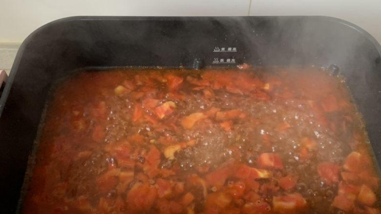 番茄浓汤烩饭,加适量热水