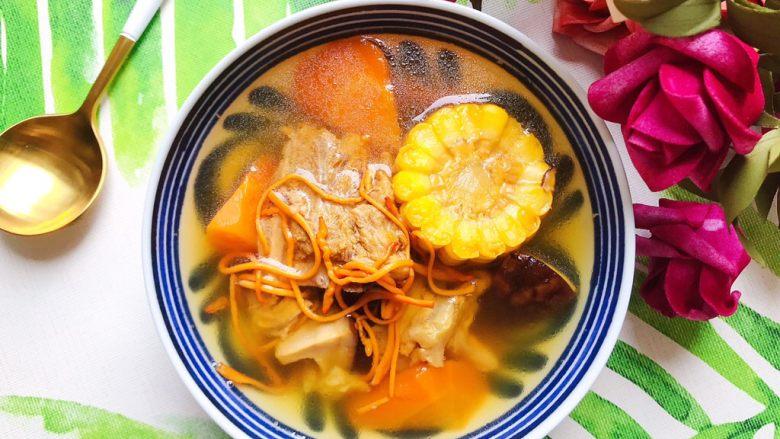 虫草花香菇胡萝卜玉米排骨汤(懒人高压锅版)