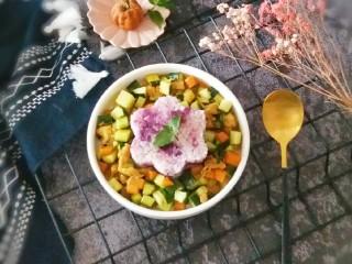 夏日拌饭~鸡肉黄瓜紫薯饭