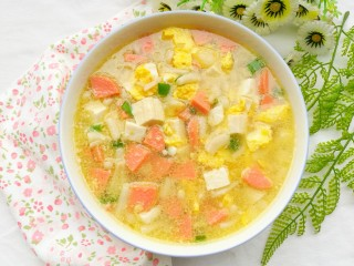鲜香浓郁的菌菇豆腐汤,出锅。