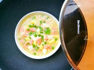 鲜香浓郁的菌菇豆腐汤,开吃。