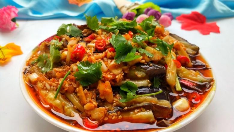 手撕茄子(内附万能凉拌汁做法),凉拌手撕茄子做好 特别好吃!