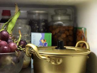 爽口腌萝卜,放入冰箱冷藏三小时以上便可以食用啦