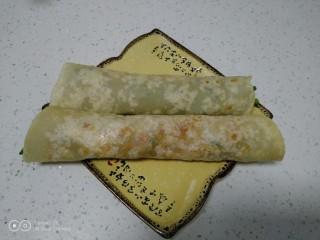 烙馍卷海鸭蛋、火腿、长豆角
