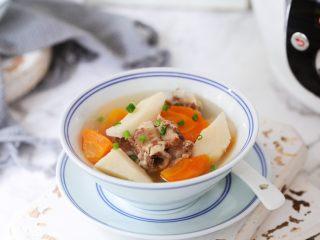 排骨山药胡萝卜汤