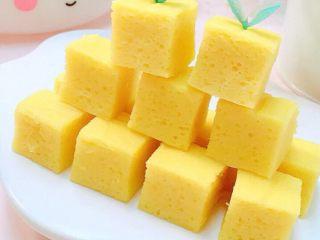 酸奶芒果糕