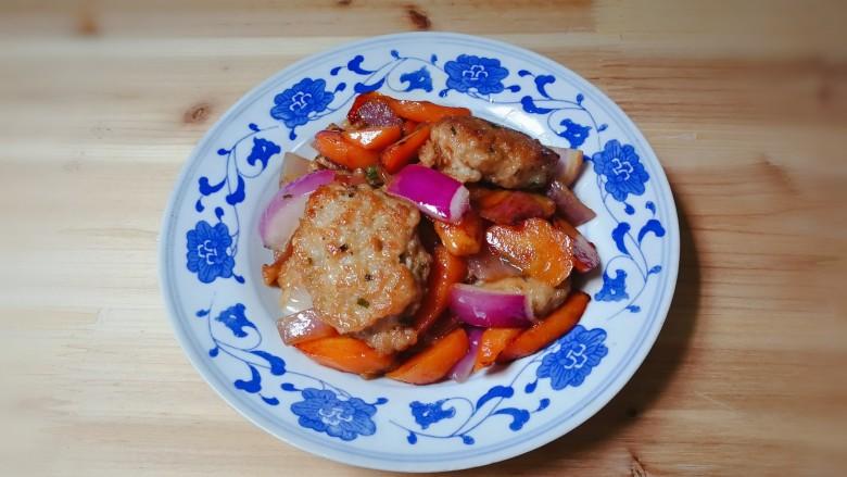 洋葱胡萝卜烧肉圆