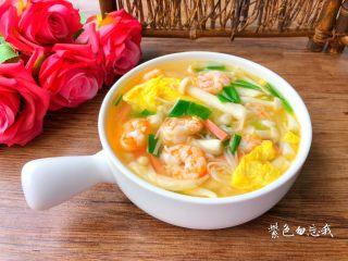 虾仁菌菇汤,成品图二