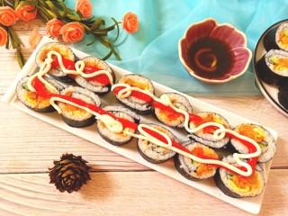 辣白菜肉松寿司卷,成品图