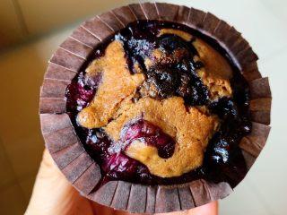 蓝莓麦芬蛋糕,真的会爆浆哦