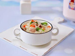 西兰花猪肝粥(宝宝辅食),特别适合做宝宝的辅食。
