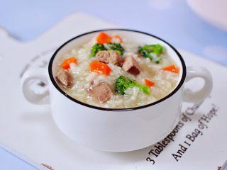 西兰花猪肝粥(宝宝辅食),营养丰富又特别好消化。