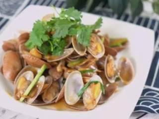 爆炒腰蛤——最近非常喜欢的快手鲜美小海鲜,加上香菜点缀即可