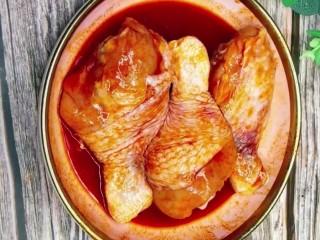 电饭锅鸡腿,腌制两小时