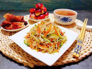 时蔬小炒肉丝,早餐吃的要像皇帝一样即丰盛又养生