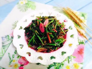 清炒红苋菜,成品图二
