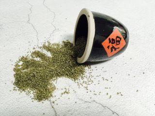 红枣花生黑小米粥,有机黑小米