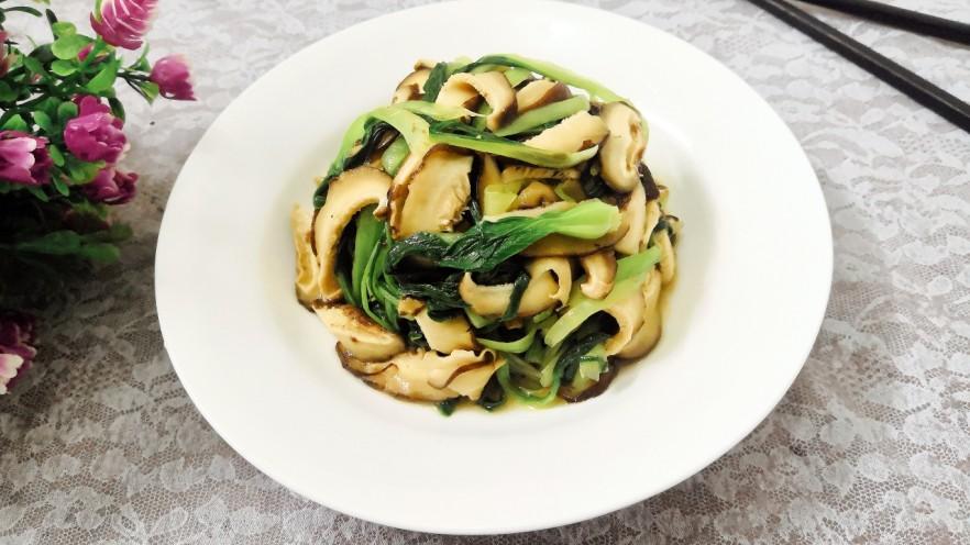 凉拌青菜香菇