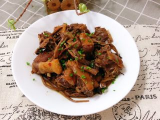 茶树菇炖翻鸭,好了,装盘开吃