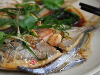 清蒸鲳鱼,成品图