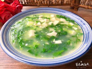 青菜豆腐汤,成品图一