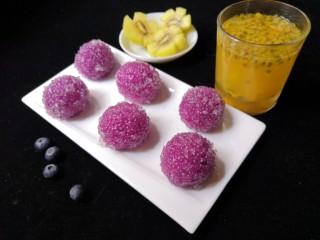 西米紫薯球,用来做早餐和下午茶都非常的不错喔!