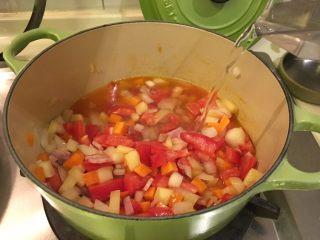 培根蔬菜汤,然后!加600cc的水