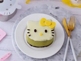 4寸KT猫抹茶慕斯蛋糕