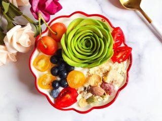 水果麦片酸奶碗