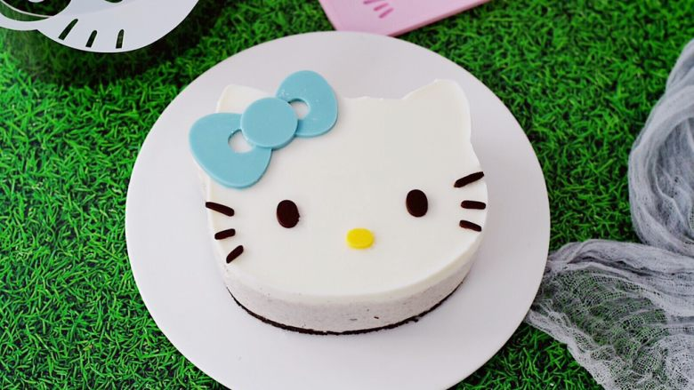 6寸KT猫奥利奥慕斯蛋糕