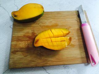 芒果香蕉奶昔,切花刀