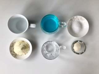 蓝天白云鸡尾酒奶冻,准备好食材