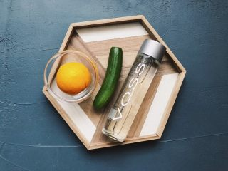 夏日清爽黄瓜水🥒高颜值清暑解渴神水,准备好材料。