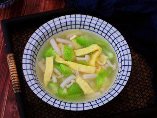 鸡蛋丝瓜汤,成品图