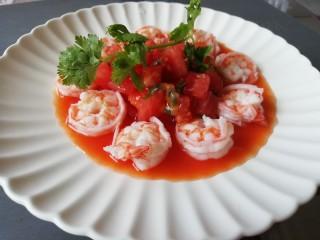 西红柿百香果凉拌虾,放冰箱冷藏一会,口味更加!